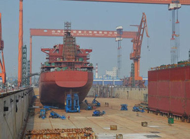 起重葫芦在船舶制造中的应用案例02